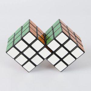 Rubiko kubas Sujungti kubai